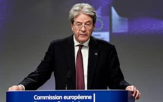 Paolo Gentiloni in conferenza stampa