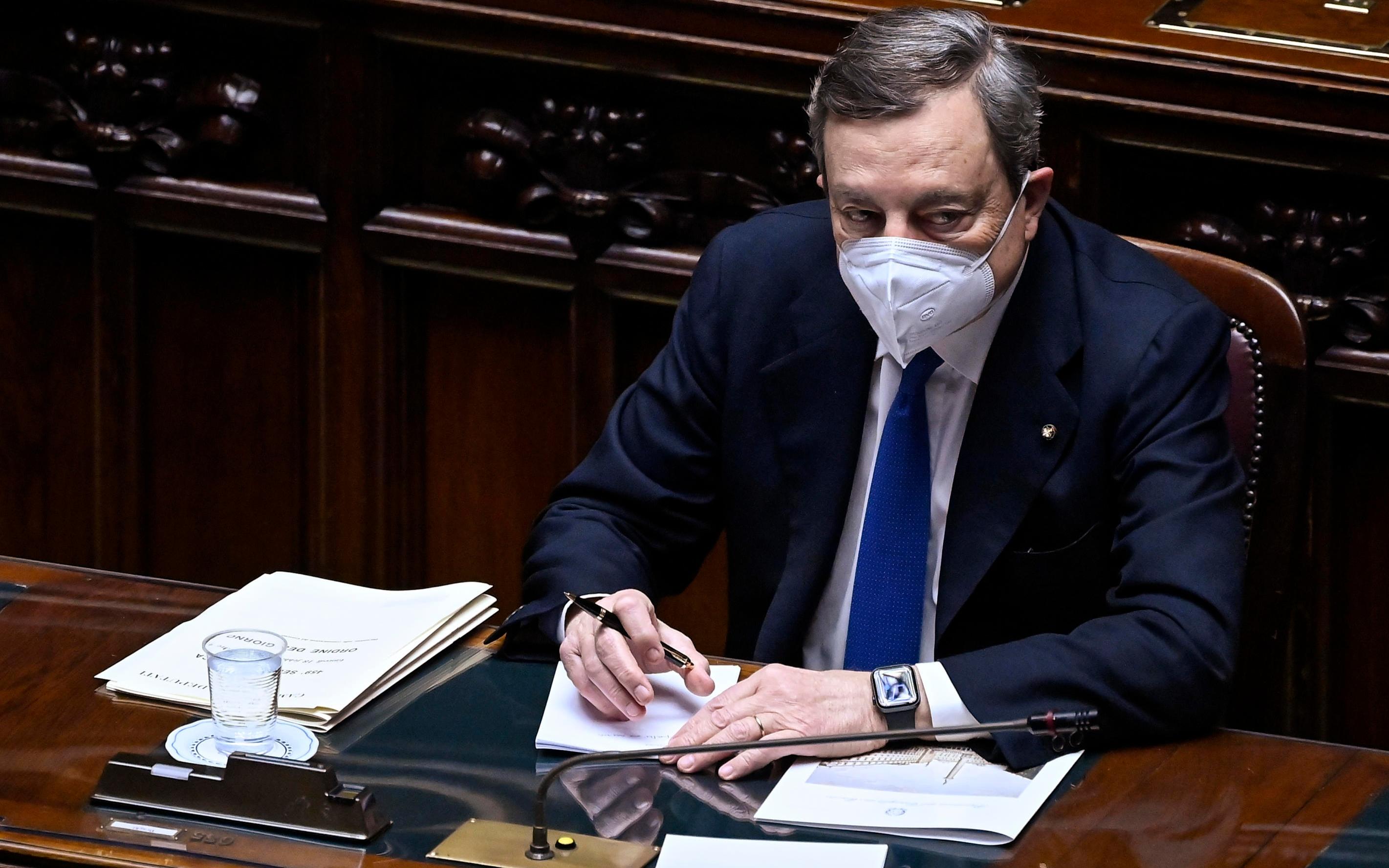 Draghi: il voto di fiducia alla Camera - cover