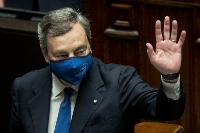 Governo Draghi ottiene la fiducia alla Camera: le news del 18 febbraio