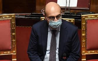 Il viceministro dell'Economia e delle Finanze, Antonio Misiani, durante l'esame sullo scostamento di bilancio nell'aula del Senato, Roma, 20 gennaio 2021.  ANSA/ETTORE FERRARI