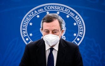 Italian Prime Minister Mario Draghi attends a press conference after the Cabinet Meeting on economic measures to fight the Covid-19 pandemic crisis, Rome, Italy, 19 March 2021. ANSA/RICCARDO ANTIMIANI