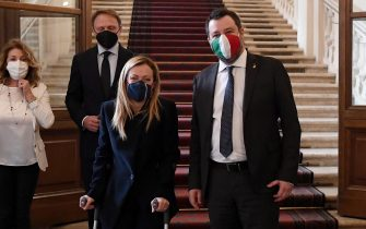 epa08973288 President of the Brothers of Italy party (Fratelli d'Italia, FdI) Giorgia Meloni (L), and Italian Lega party leader Matteo Salvini (R), leave after a meeting with Italian President Sergio Mattarella at the Quirinale Palace for the first round of formal political consultations following the resignation of Prime Minister Giuseppe Conte, in Rome, Italy, 29 January 2021.  EPA/ETTORE FERRARI / POOL
