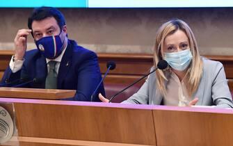 Giorgia Meloni e Matteo Salvini durante la conferenza stampa unitaria del centrodestra sulla Manovra finanziaria 2021, Roma, 14 dicembre 2020.    ANSA/ETTORE FERRARI