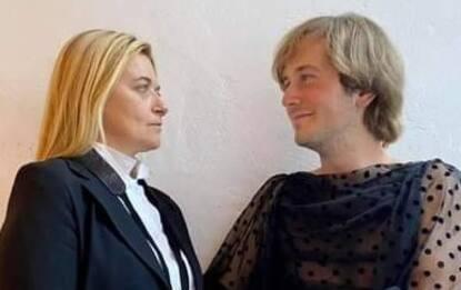 Elezioni Rimini, candidati al Consiglio Comunale si scambiano vestiti