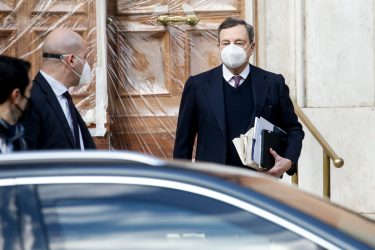 Former President of the European Central Bank (ECB) Mario Draghi leaves his home in Rome, Italy, 2 February 2021. ANSA/FABIO FRUSTACI