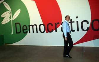Enrico Letta oggi pomeriggio, 8 ootobre 2010, in occasione dell'apertura dell'assemblea nazionale del Pd in corso di svolgimento a Busto Arsizio, Varese. MATTEO BAZZI