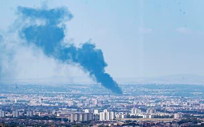 Incendio a Roma, fiamme in un autodemolitore in via Olimpica