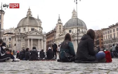 Scuola, Roma: protesta degli studenti contro Dad in piazza del Popolo