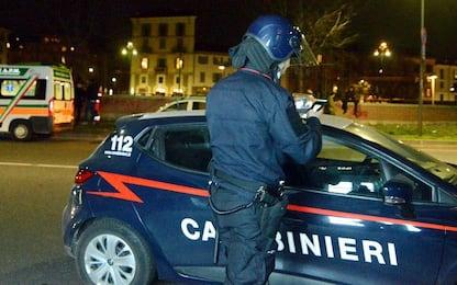 Mezzo chilo di shaboo nel flacone dello shampoo, un arresto a Roma