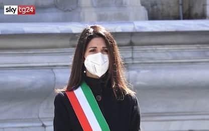 Covid Roma, Virginia Raggi ricorda le vittime in piazza Campidoglio