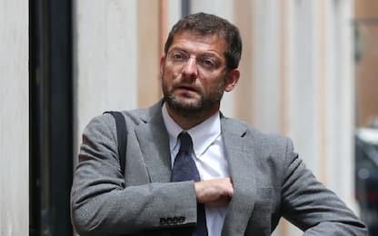 """Caos cimiteri, Romano: """"Mio figlio senza sepoltura"""". Raggi convoca Ama"""