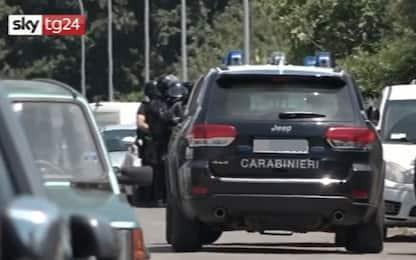 Sparatoria in strada ad Ardea: morti un anziano e due bambini