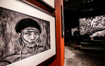 """Al Maxxi di Roma le foto di Sebastião Salgado nella mostra """"Amazonia"""""""