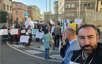 Green Pass, protesta consigliere Lazio: Chiedo asilo politico a Svezia