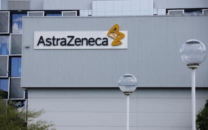 """AstraZeneca-Oxford, """"reazione sospetta"""": sospesi test su vaccino Covid"""