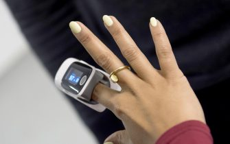 LONDON, ENGLAND - JANUARY 22:  (EXCLUSIVE COVERAGE)  Leigh-Anne Pinnock from Little Mix wears a finger pulse oximeter  during altitude training ahead of a trek up Mount Kilimanjaro in aid of Comic Relief on January 22, 2019 in London, England. (Photo by Antony Jones/Comic Relief/Getty Images)
