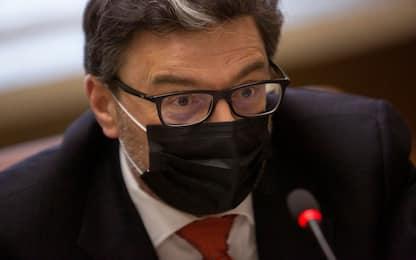 """Vaccini, Giorgetti: """"Altro fallimento Ue. C'è una guerra geopolitica"""""""