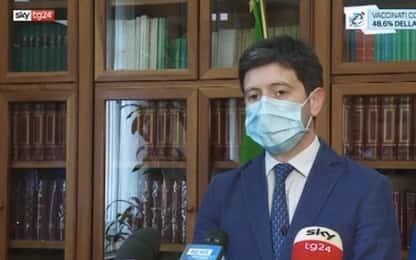 """Vaccini Covid, Speranza: """"Regioni si adeguino a indicazioni governo"""""""
