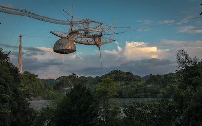 """Crolla il radiotelescopio di Arecibo, """"parlava"""" con gli extraterrestri"""