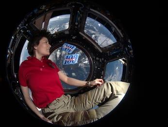 AstroSamantha tornerà sulla Stazione Spaziale Internazionale nel 2022
