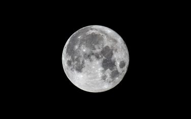 SALERNO, ITALY - AUGUST 22: The full moon, the third full moon of summer 2021, on August 22, 2021 in Salerno, Italy. There have already been two full moons (June 24 and July 24) and will have a fourth on September 21. It is an 'extra' moon called 'Blue Moon' by the Anglo-Saxon world. (Photo by Ivan Romano/Getty Images)