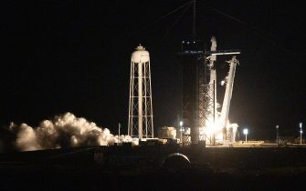 CAPE CANAVERAL, FLORIDA - SEPTEMBER 15: The SpaceX Falcon 9 rocket with Crew Dragon capsule lifts off from launch Pad 39A at NASA's Kennedy Space Center for the first completely private mission to fly into orbit on September 15, 2021 in Cape Canaveral, Florida. SpaceX is flying four private citizens into space on a three-day mission. (Photo by Joe Raedle/Getty Images)