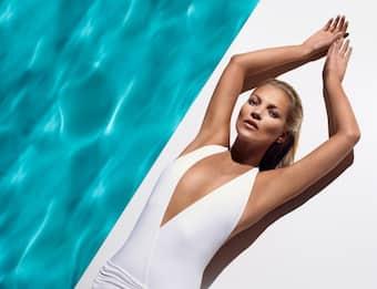 Kate Moss: la top model compie 47 anni. Le foto