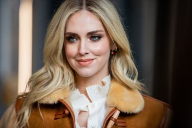 MILAN, ITALY - FEBRUARY 22: Portrait of Chiara Ferragni wearing brown oversized jacket Calzedonia, blouse during Milan Fashion Week Fall/Winter 2020-2021 on February 22, 2020 in Milan, Italy. (Photo by Christian Vierig/Getty Images)
