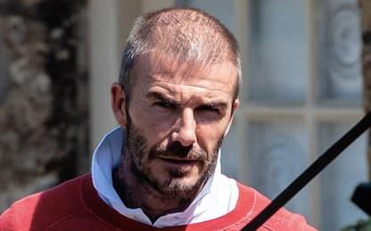 David Beckham quasi calvo, la foto senza cappellino fa il giro del web