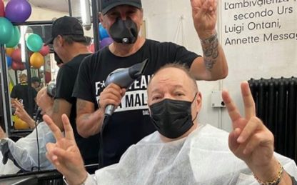 Riapertura parrucchieri, da Eros Ramazzotti a Vasco Rossi