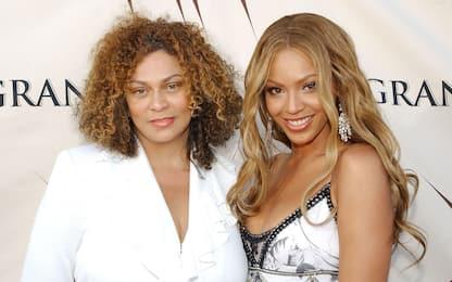 La mamma di Beyoncé pubblica una foto dolcissima della figlia neonata