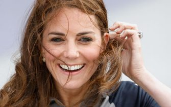 PORTSMOUTH, UNITED KINGDOM - JULY 24: (EMBARGOED FOR PUBLICATION IN UK NEWSPAPERS UNTIL 48 HOURS AFTER CREATE DATE AND TIME) Catherine, Duchess of Cambridge's hair is blown in the wind as she visits Land Rover BAR during the America's Cup World Series on July 24, 2016 in Portsmouth, England. (Photo by Max Mumby/Indigo/Getty Images)