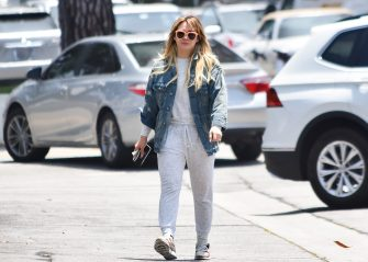 LOS ANGELES, CA - JUNE 04: Hilary Duff is seen on June 04, 2019 in Los Angeles, California.  (Photo by BG015/Bauer-Griffin/GC Images)