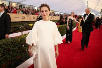 LOS ANGELES, CA - JANUARY 29: Actor Natalie Portman attends The 23rd Annual Screen Actors Guild Awards at The Shrine Auditorium on January 29, 2017 in Los Angeles, California. 26592_012  (Photo by Christopher Polk/Getty Images for TNT)