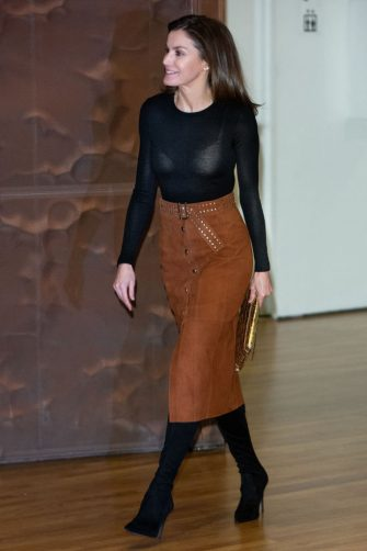 MADRID, SPAIN - FEBRUARY 04: Queen Letizia of Spain attends the forum against cancer 'Por Un Enfoque Integral' at CaixaForum on February 04, 2019 in Madrid, Spain. (Photo by Paolo Blocco/WireImage)