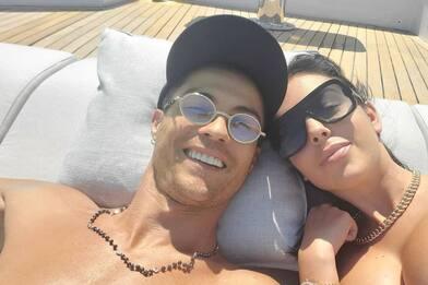 Ronaldo e Georgina, spunta il maxi anello: nozze vicine?