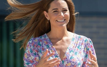 Kate Middleton, a ruba l'abito a fiori di Faithful the Brand