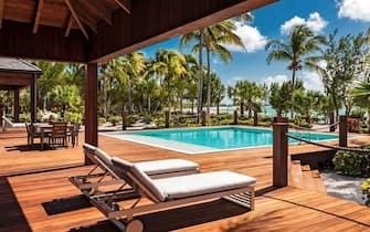 Resort Bruce Willis