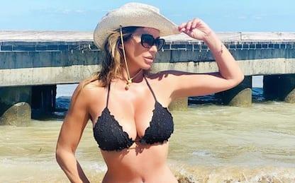 Sabrina Salerno in costume: gli scatti preferiti dai fan su Instagram