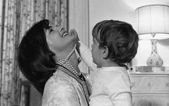 Online l'archivio Jfk, le foto della famiglia Kennedy sono adesso disponibili su Internet