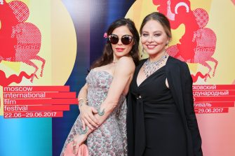 MOSCOW, RUSSIA - JUNE 29: Italian actress Ornella Muti (R) and her daughter Italian actress Naike Rivell (L) attend red carpet within the closing ceremony of the 39th Moscow International Film Festival at the Rossiya Theatre on June 29, 2017 in Moscow, Russia. (Photo by Gennady Avramenko/Epsilon/Getty Images)