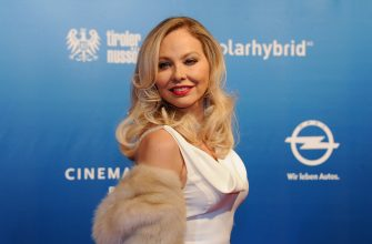 """Italian actress Ornella Muti poses as she arrives for the """"Cinema for Peace"""" gala on February 13, 2012 in Berlin. Since 2002 Cinema for Peace has been a worldwide initiative, promoting humanity through film while inviting members of the international film community to attend the annual Cinema for Peace Award-Gala-Night during the Berlinale International Film Festival.  AFP PHOTO /   GERARD JULIEN (Photo credit should read GERARD JULIEN/AFP via Getty Images)"""