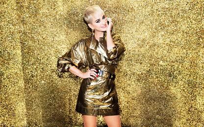 Moda, Katy Perry lancia una linea di abbigliamento
