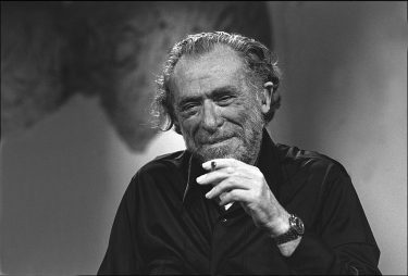 """PARIS - SEPTEMBER 21: American writer and poet Charles Bukowski appears on talk show """"Apostrophes"""" on September 21, 1978 in Paris,France. (Photo by Ulf Andersen/Getty Images)"""