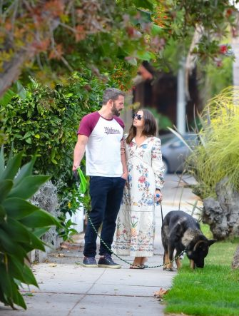 LOS ANGELES, CA - JUNE 30: Ben Affleck and Ana de Armas are seen on June 30, 2020 in Los Angeles, California.  (Photo by BG004/Bauer-Griffin/GC Images)