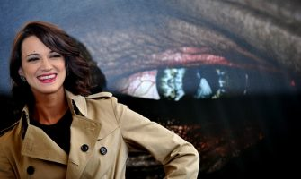 Italian actress Asia Argento poses during a photocall for Dracula 3D on November 20, 2012 in a hotel in Rome. Dracula 3D is a film by Italian film director Dario Argento.  AFP PHOTO / TIZIANA FABI (Photo by Tiziana FABI / AFP)        (Photo credit should read TIZIANA FABI/AFP via Getty Images)