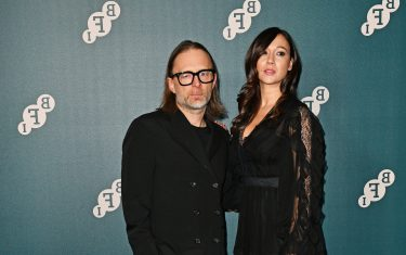 Thom Yorke e Dajana Roncione.