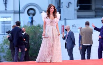 """VENICE, ITALY - SEPTEMBER 07: Weronika Rosati attends the red carpet of the movie """"Sniegu Juz Nigdy Nie Bedzie"""" (Never Gonna Snow Again) at the 77th Venice Film Festival on September 07, 2020 in Venice, Italy. (Photo by Franco Origlia/Getty Images)"""