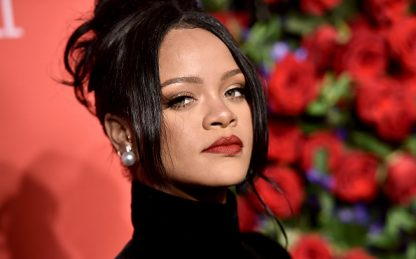 Rihanna, incidente in scooter per la popstar