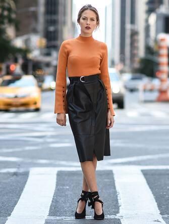 NEW YORK, NY - SEPTEMBER 10:  Tess Ward at New York Fashion Week wearing a Karen Millen sweater and skirt on September 10, 2017 in New York City.  (Photo by Daniel Zuchnik/Getty Images for Karen Millen)